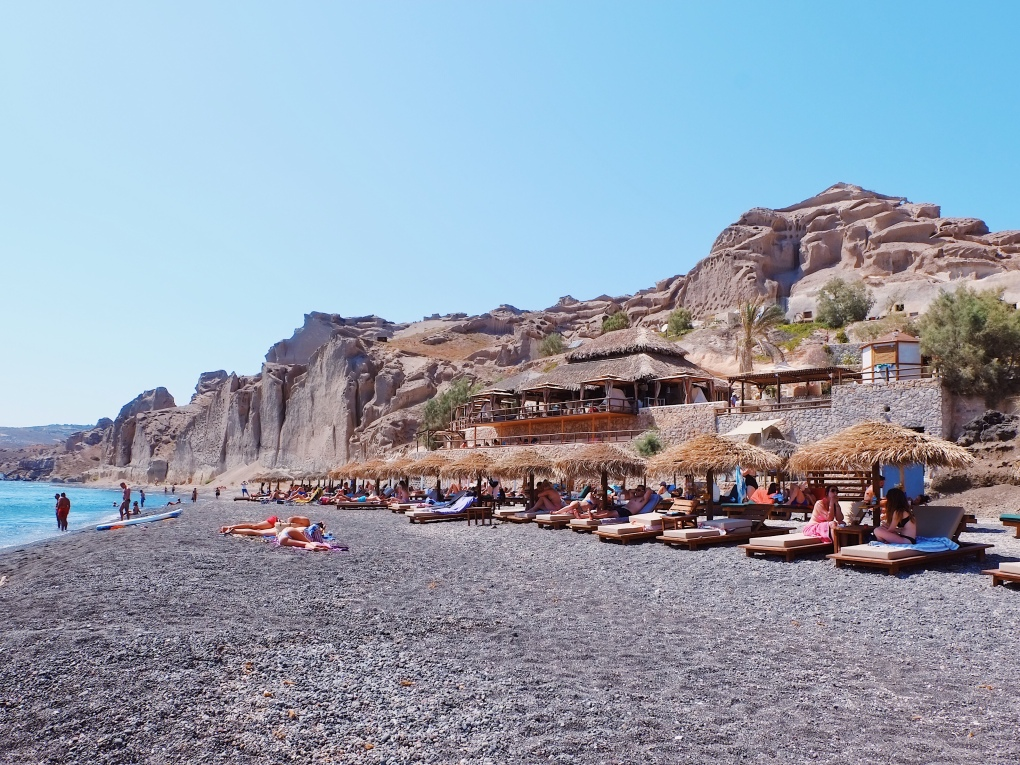theros beach bar santorini good city guides