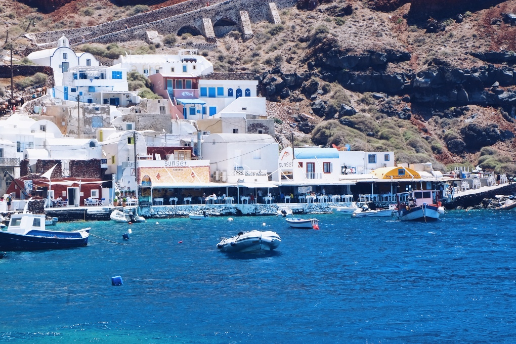 ammoudi bay santorini good city guides